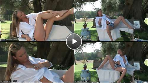 fingering a woman getting video video